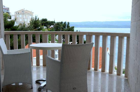 New hotel for sale - Croatia 20 meters from the sea
