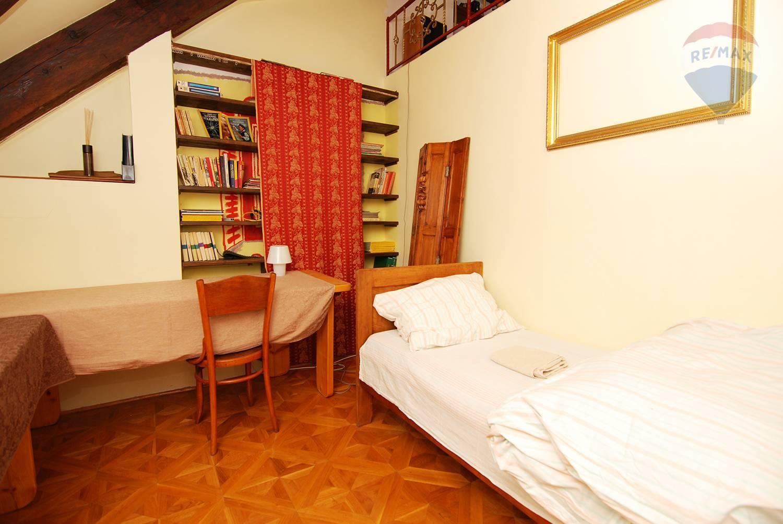 Prenájom bytu (4 izbový) 160 m2, Bratislava - Staré Mesto - 3. izba - prízemie