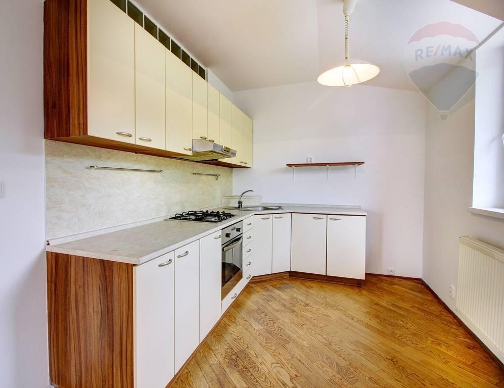 Predaj bytu (2 izbový) 88 m2, Šamorín -