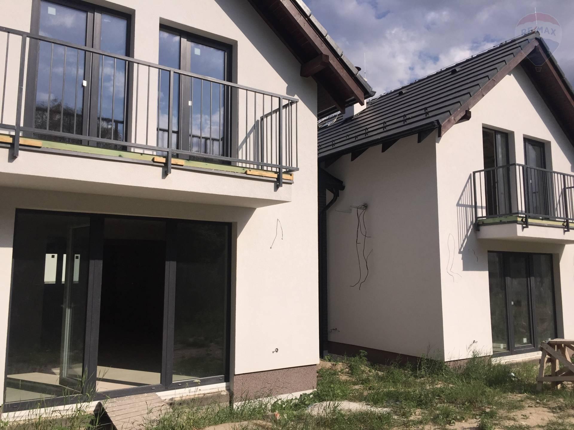 RE/MAX ponúka na predaj 5 izbový rodinný dom s garážou v Marianke