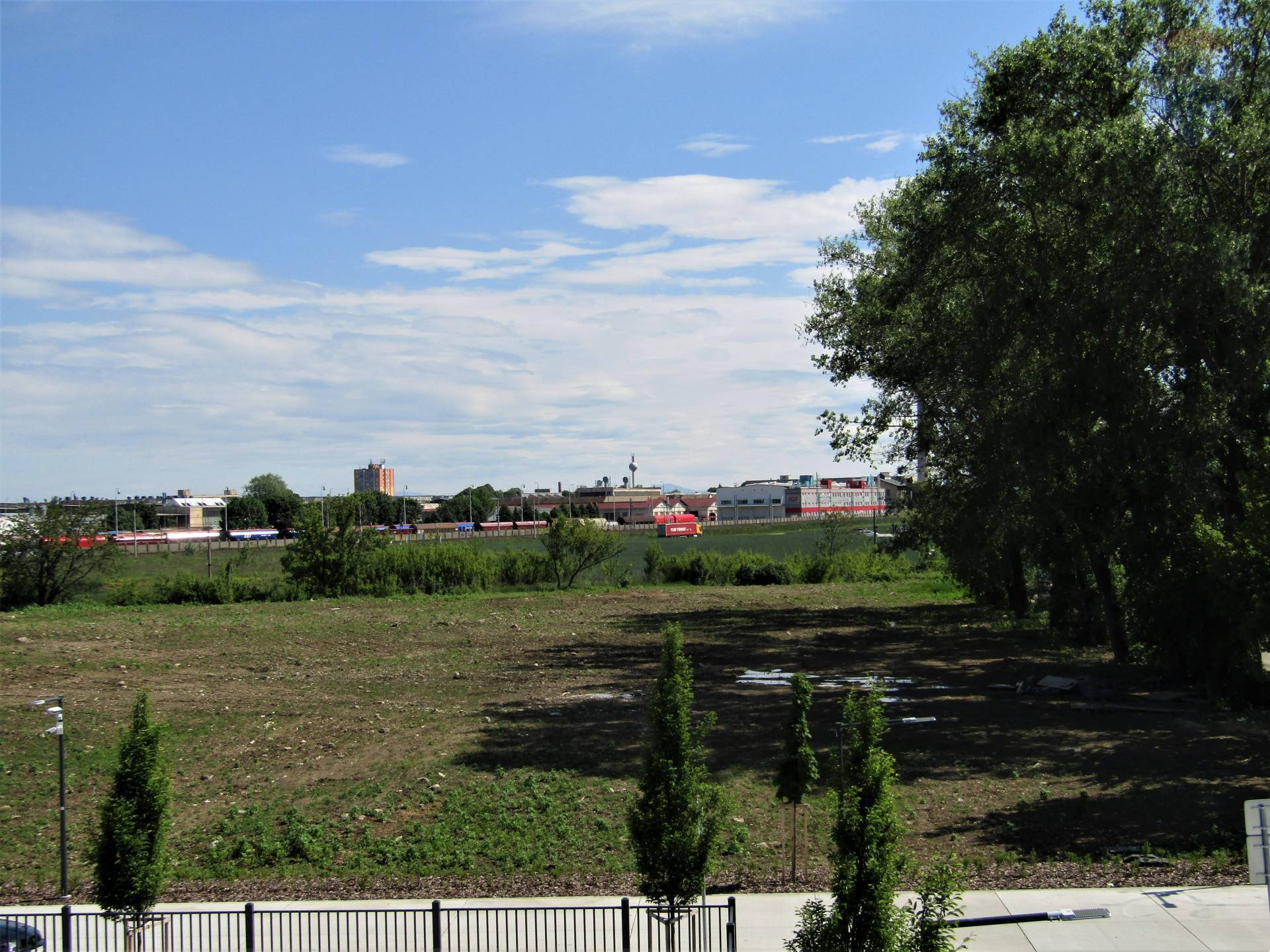 PREDAJ – stavebné pozemky pre komerčné využitie, Nitrianska ul., Trnava