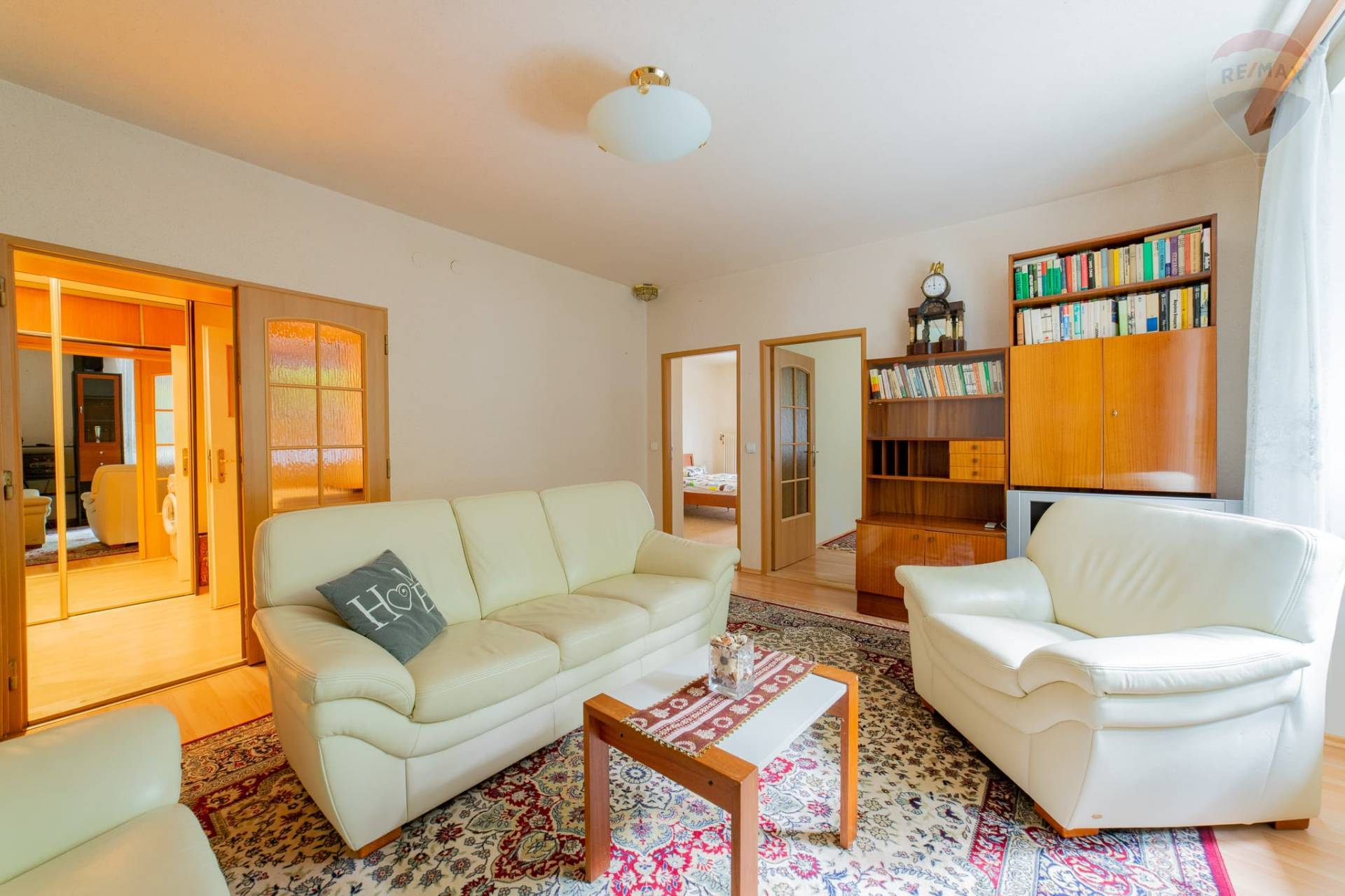 PRENÁJOM / BEZ PROVÍZIE >> 3-izbový zariadený byt pod Slavínom
