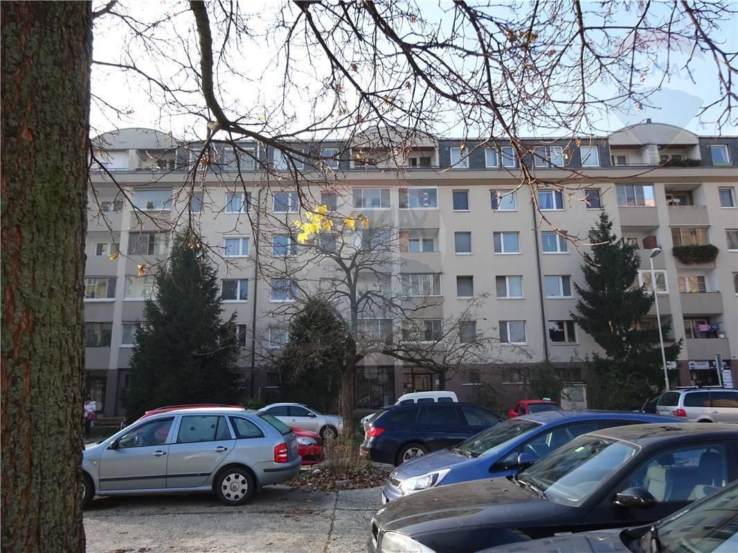 PREDAJ 4-izb. byt Bratislava Petržalka