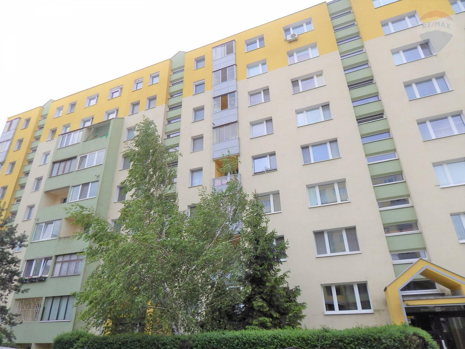 Predaj:Slnečný 4i-byt s lodžiou (úžitkov plocha 89m2+3,5m2 lodžia)