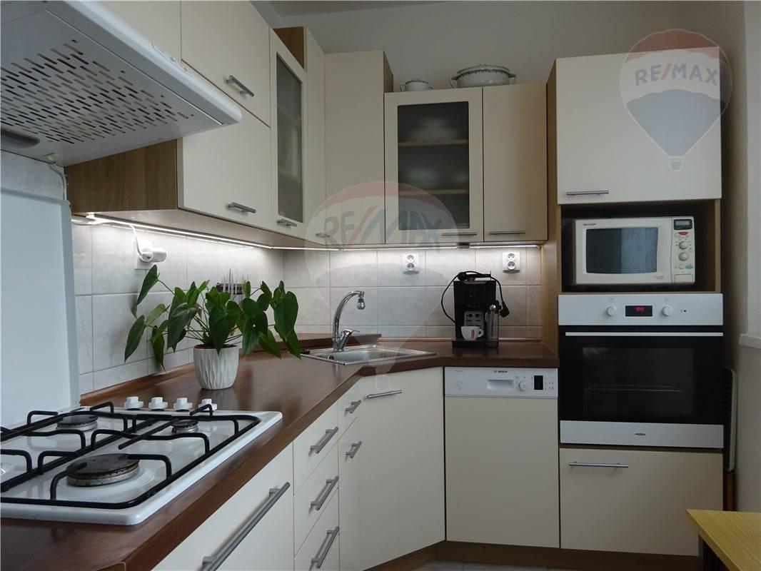 Na predaj 2-izb. byt Bratislava Dúbravka