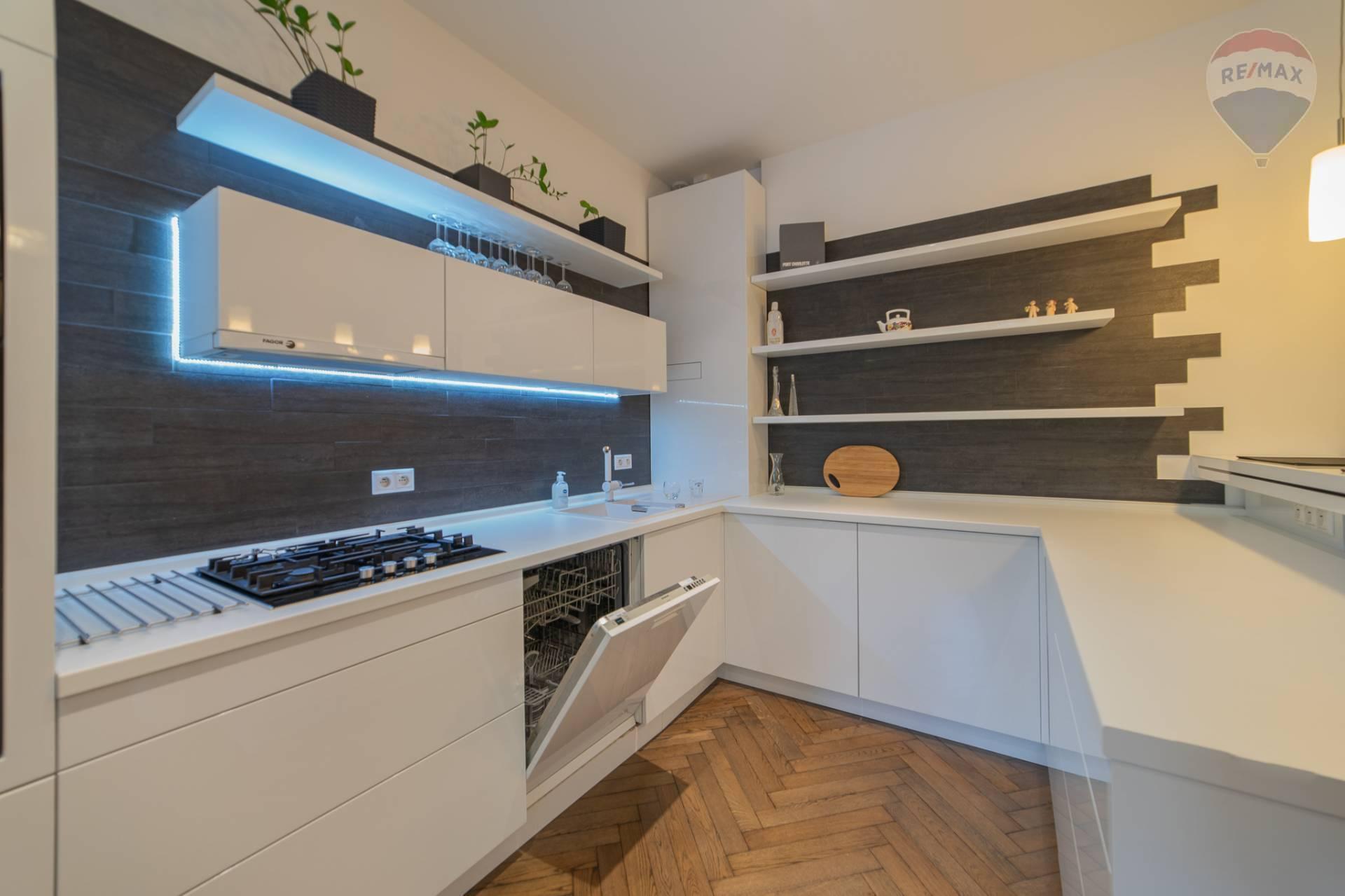 Reprezentatívny 2-Izbový byt na Šancovej Ulici – 76m2