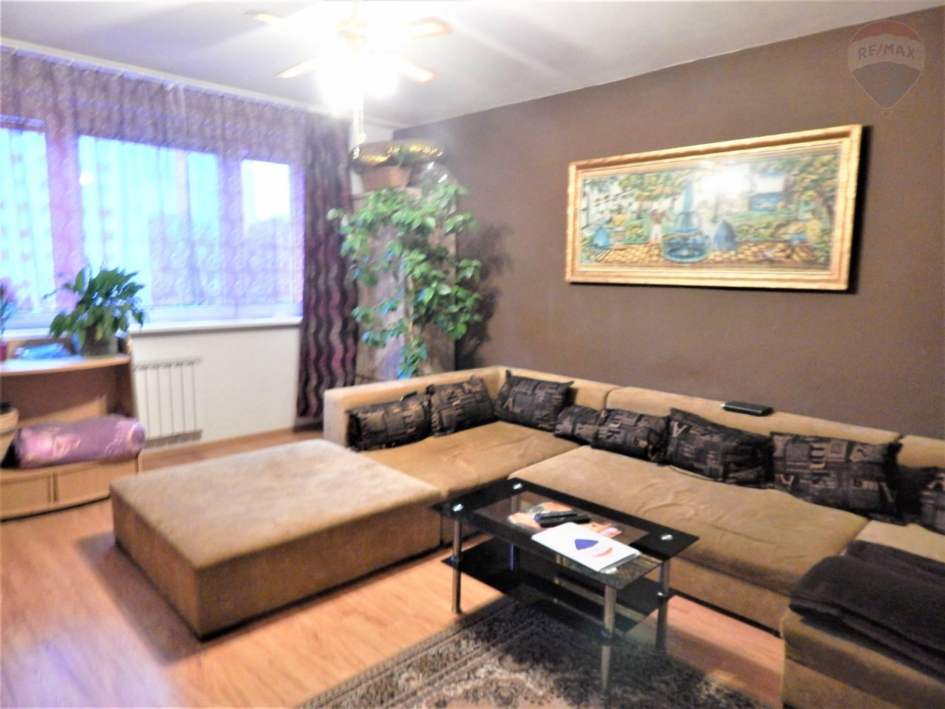Predaj: 3i-byt v Petržalke (72m2) s lodžiou (2.,5m2) na Osuského ulici