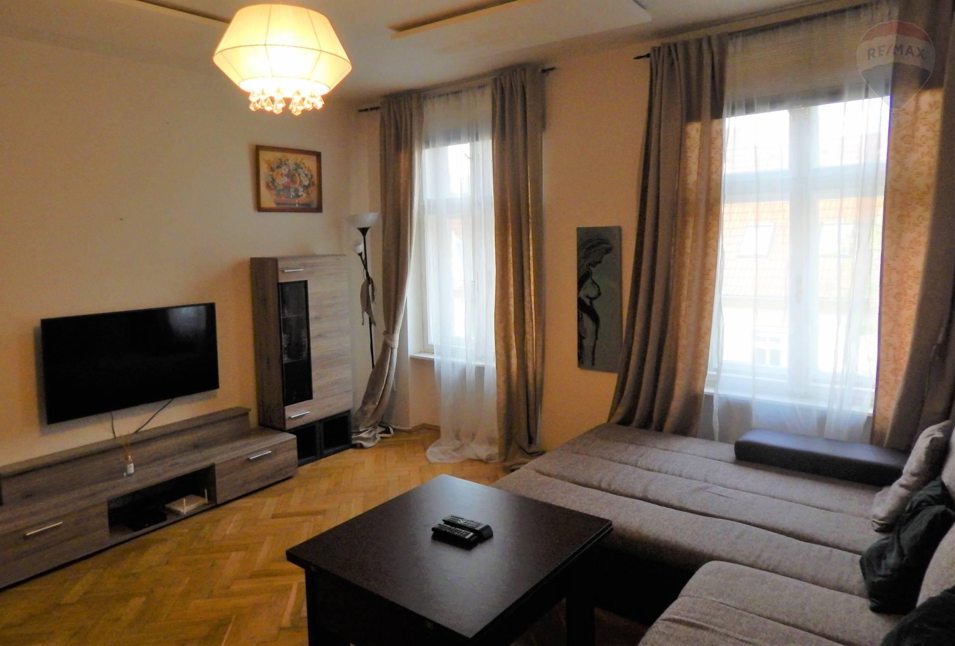 PREDAJ: Krásny 2i-byt vo vyhľadávanej lokalite BAIII so zeleným vnútroblokom (komplet rekonštrukcia)