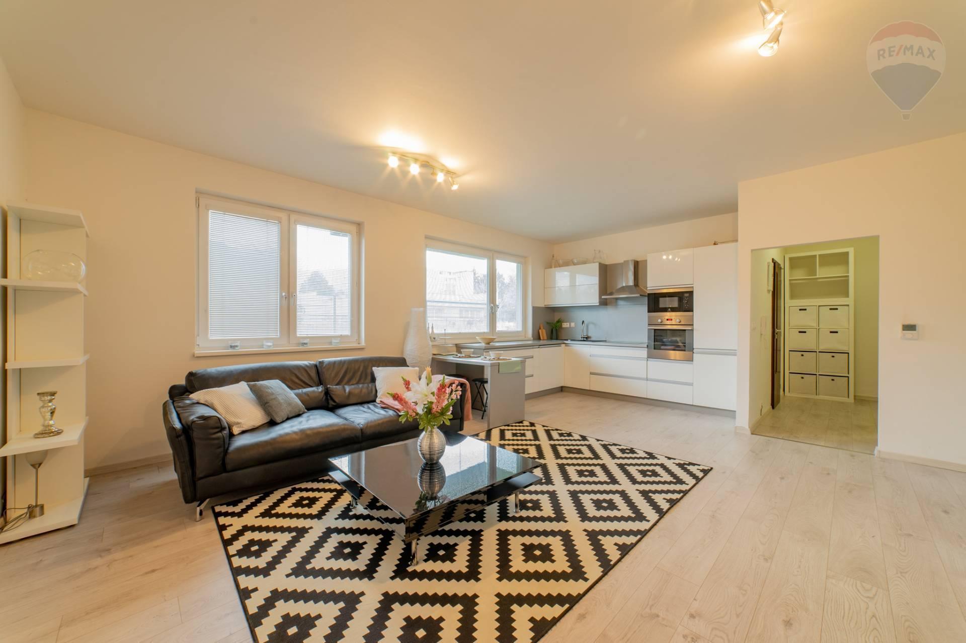 PRENÁJOM >> 2 izbový byt – Podunajská ulica - Podunajské Biskupice