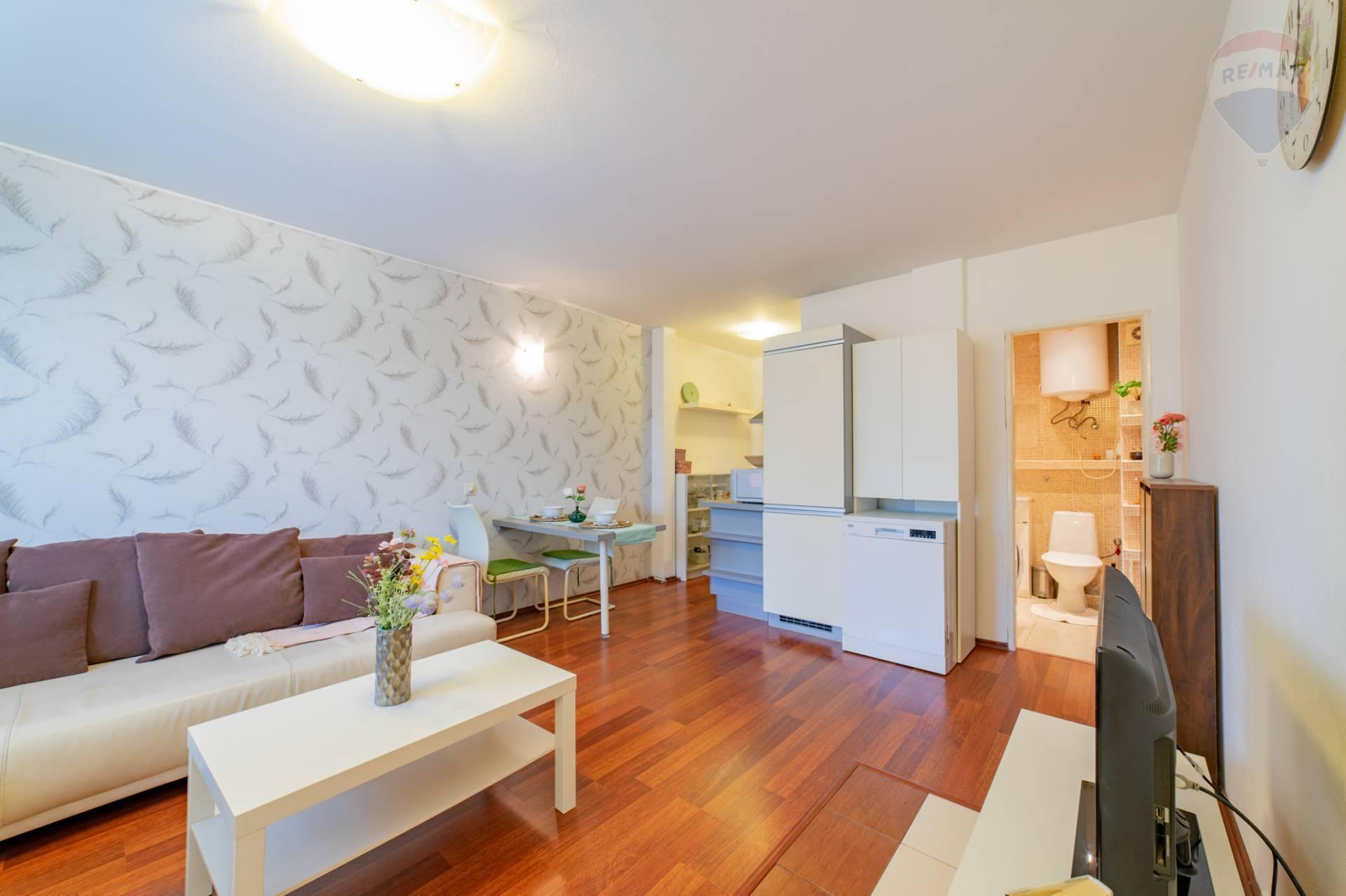 PRENÁJOM >> 2 izbový byt – Stavbárska ulica - Vrakuňa