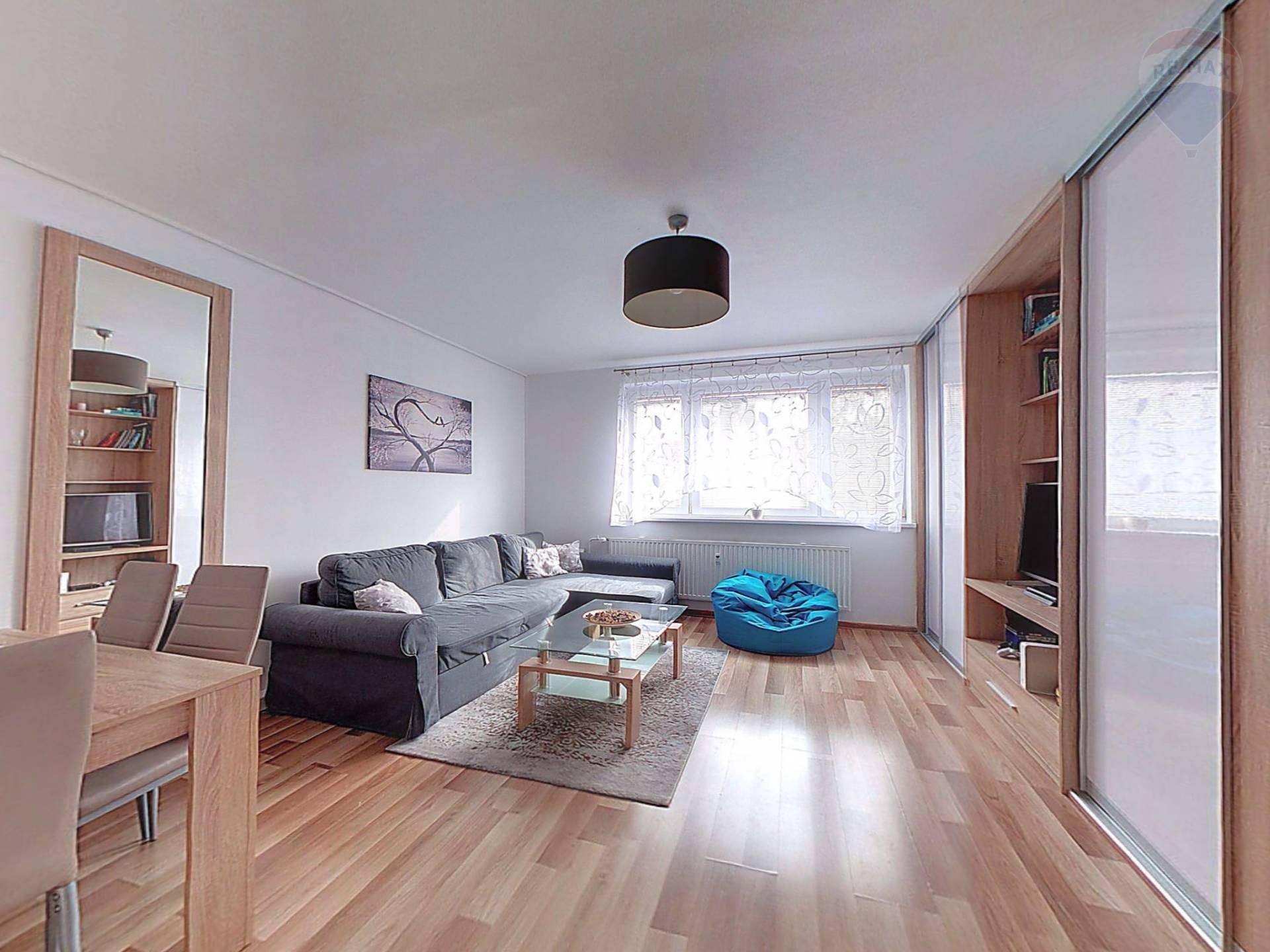 PREDAJ 1-2 izb.byt s lodžiou Rača Pri Šajbách cena vrátane provízie