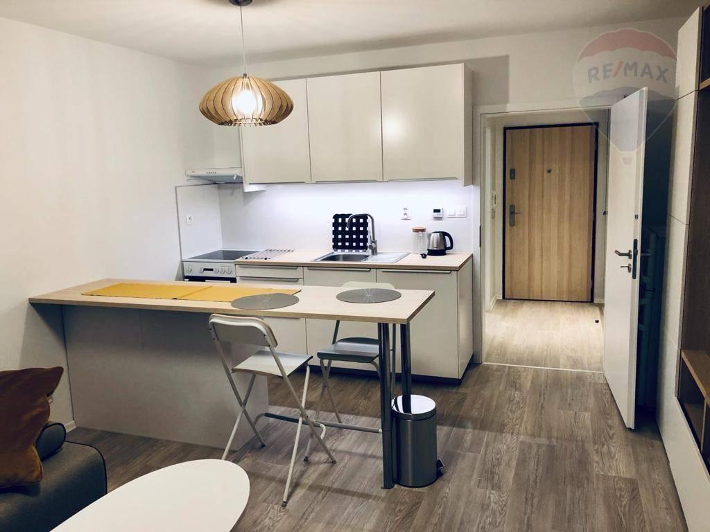 Predaj 1- izbového Apartmánu na Tomášikovej ulici