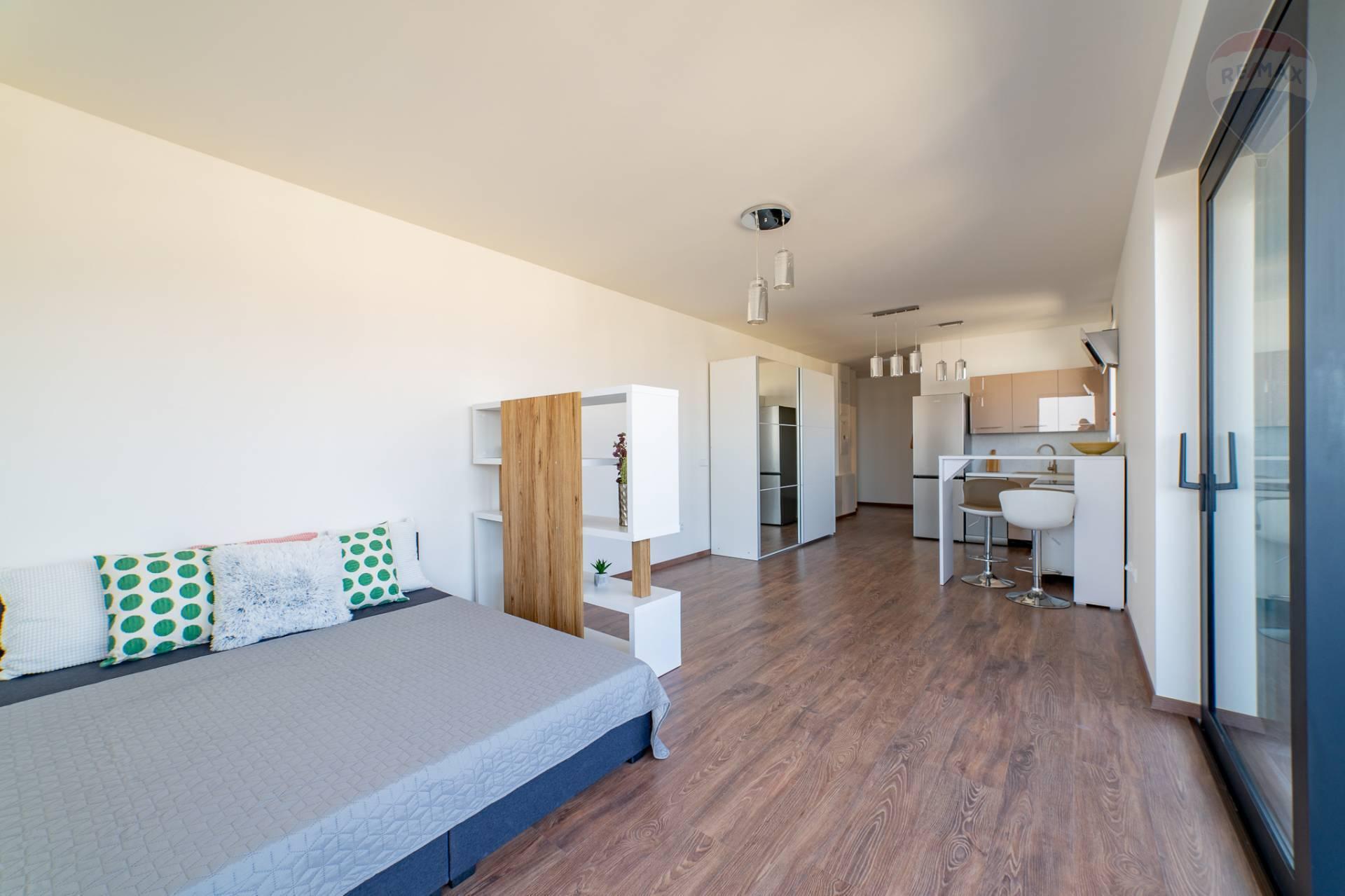 PRENÁJOM >> 1 izbový byt – novostavba TEHELNÉ POLE – Bajkalská Ulica 2c