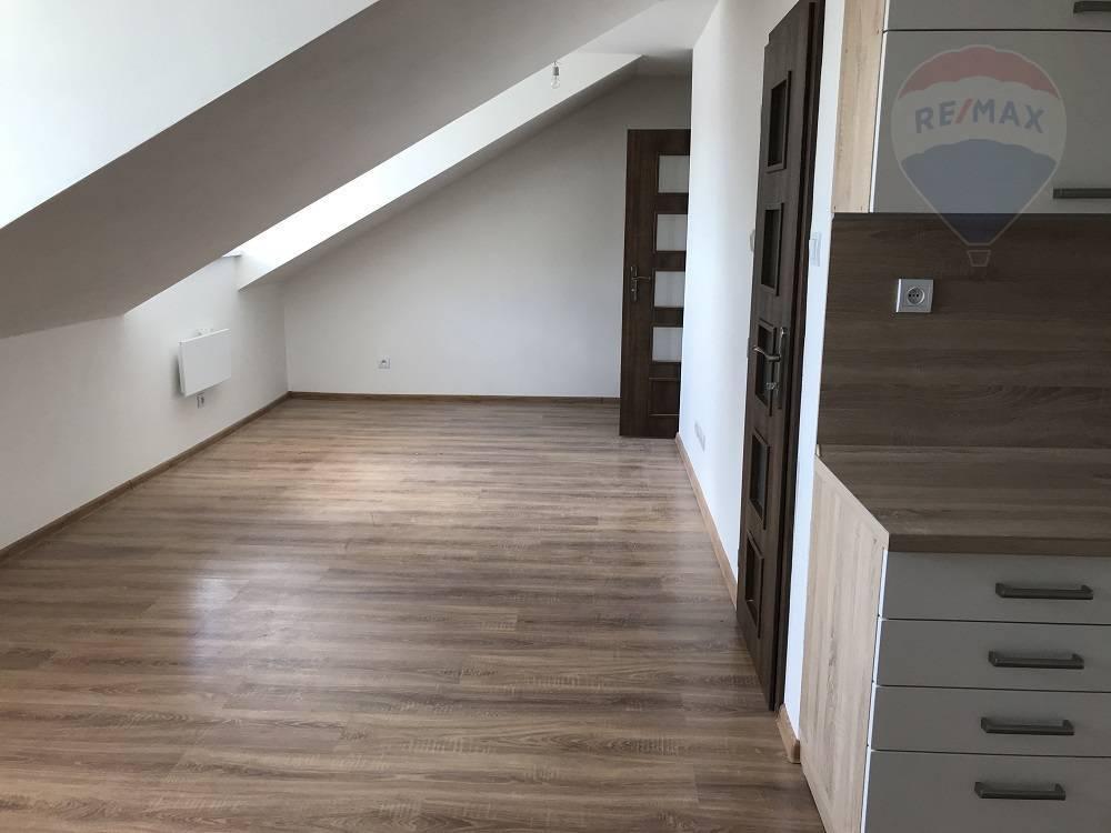 Predaj bytu (1 izbový) 35 m2, Martin - predaj/1,2,3,4 bytov/Martin