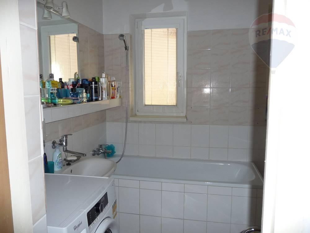 Predaj domu 961 m2, Príbovce - predaj/rodinný dom/Príbovce