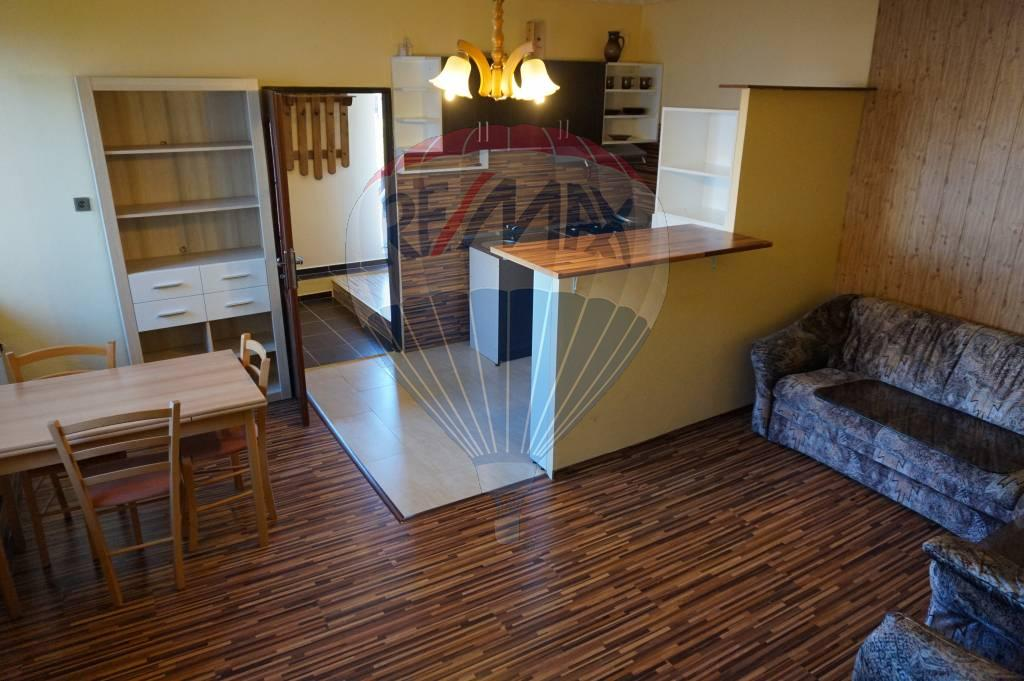 Na prenájom 3 izbový byt + kk, Poprad, Spišská Sobota