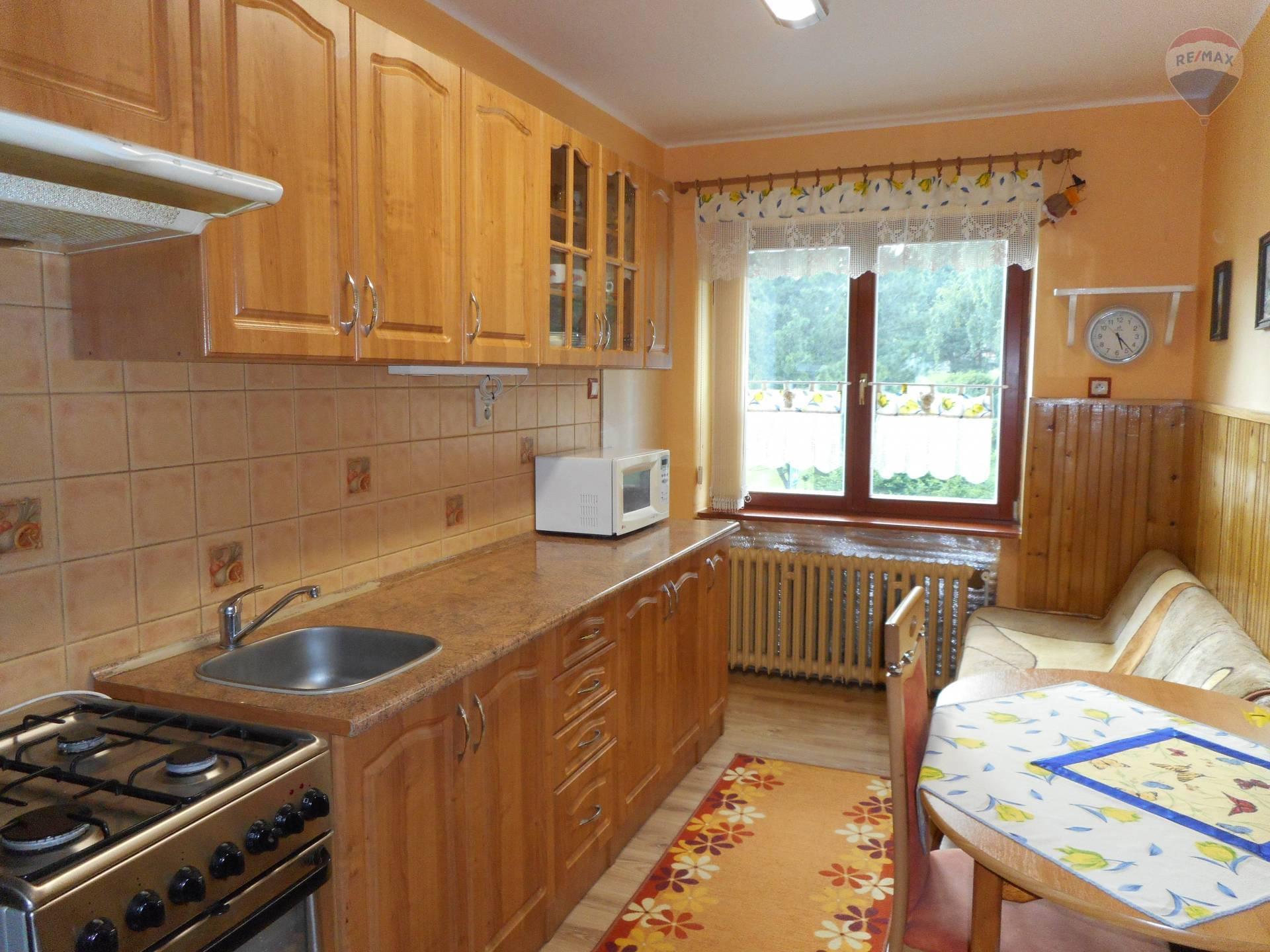 Na predaj 3 izbový byt, samostatné kúrenie,balkón,tehlový Dolný Smokovec