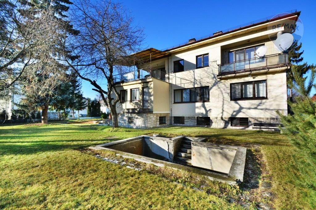 Predaj domu 698 m2, Poprad - Na predaj rodinný dom - vila, Poprad, Popradské nábrežie