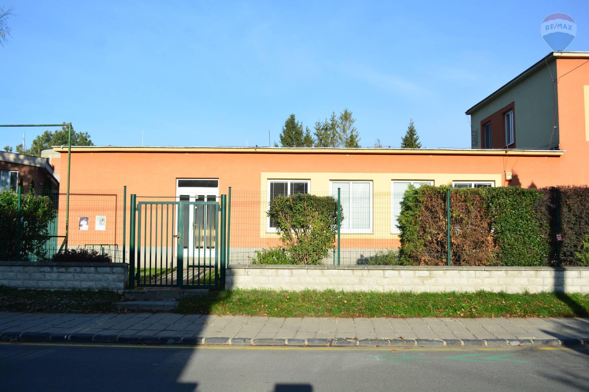 Prenájom komerčného priestoru 230 m2, Kežmarok -