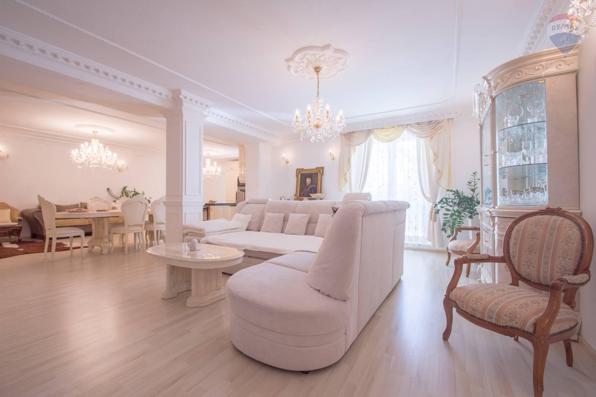 Na predaj 4 izbový byt Štefánikova ul. Košice - Staré mesto