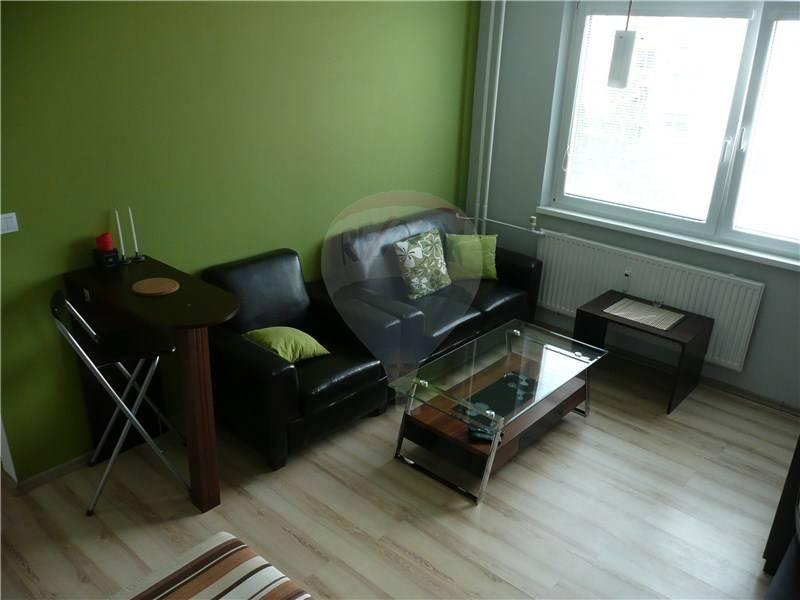 Na prenájom 1 izbový byt, Poprad, zariadený, s balkónom