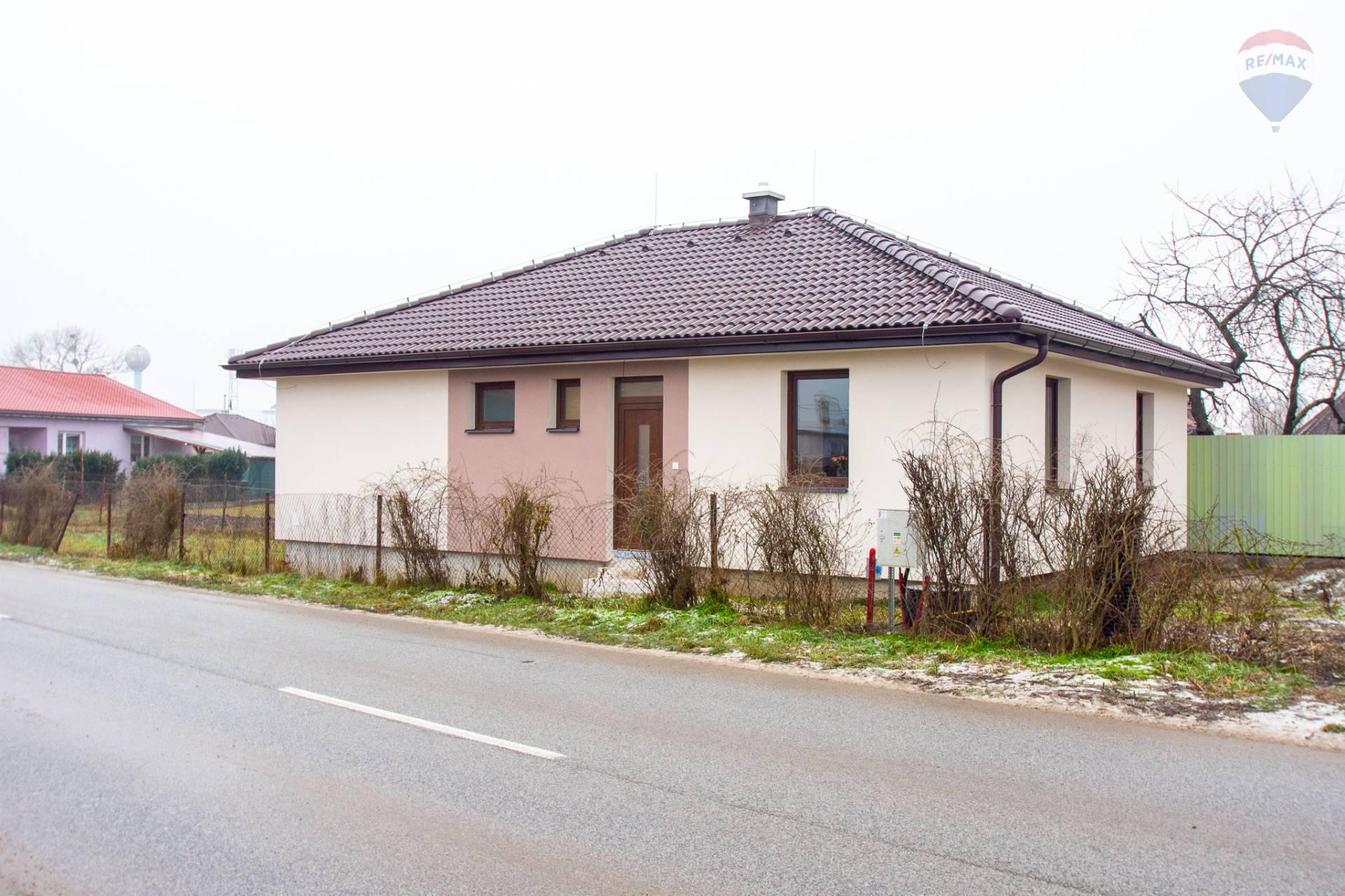 Na predaj rodinný dom - Bungalov - Novostavba Valaliky