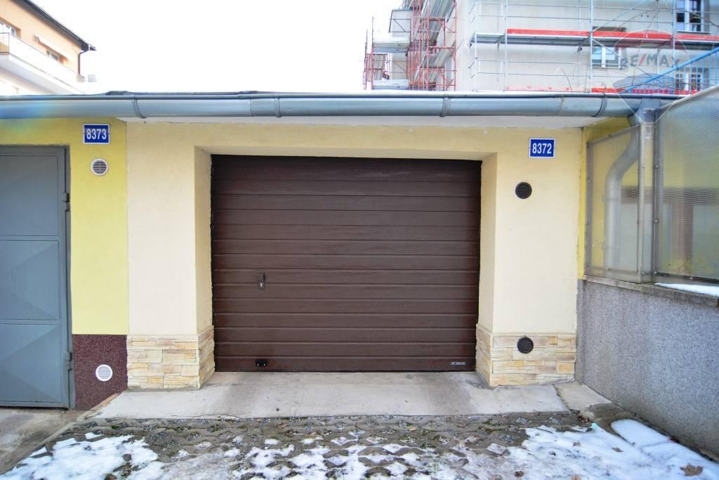 Predaj garáže 21 m2, Poprad - Na predaj garáž Poprad centrum
