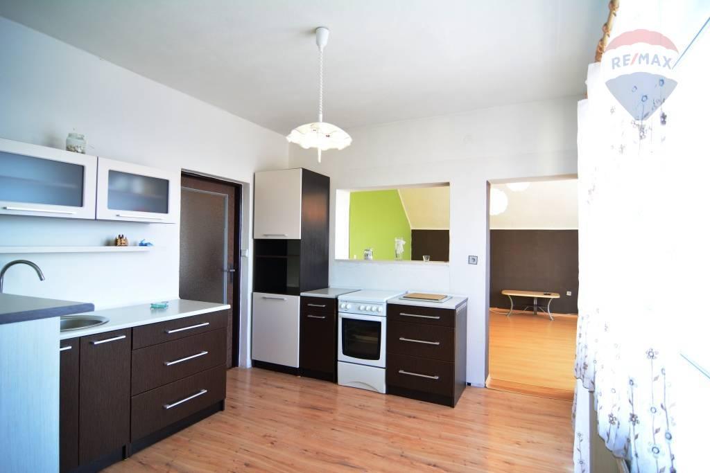 Na predaj rodinný dom Štrba okres - Poprad