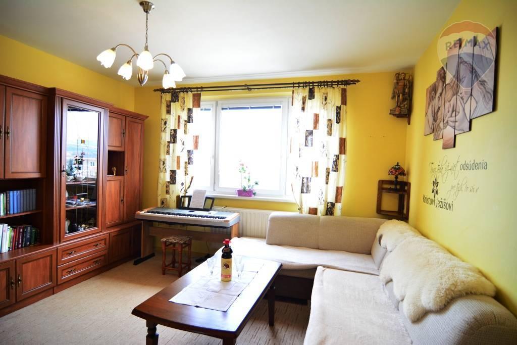Predaj bytu (4 izbový) 84 m2, Spišská Nová Ves - Na predaj 4 izbový byt Spišská Nová Ves centrum
