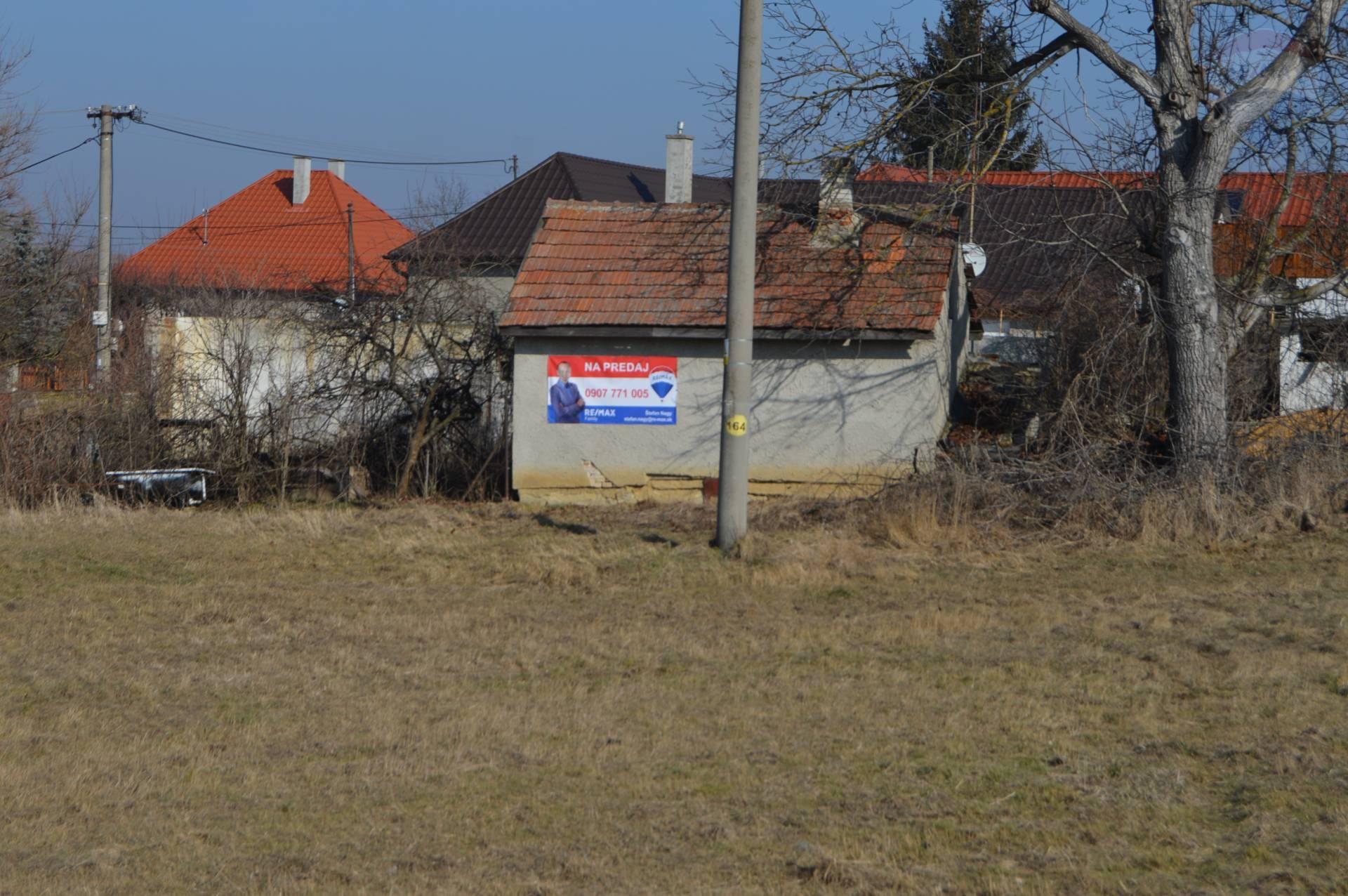 Predaj pozemku 1284 m2, Alekšince -
