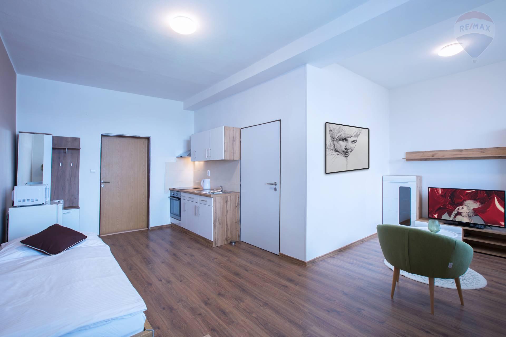 Prenájom 1 izbový byt Nitra, Chrenová