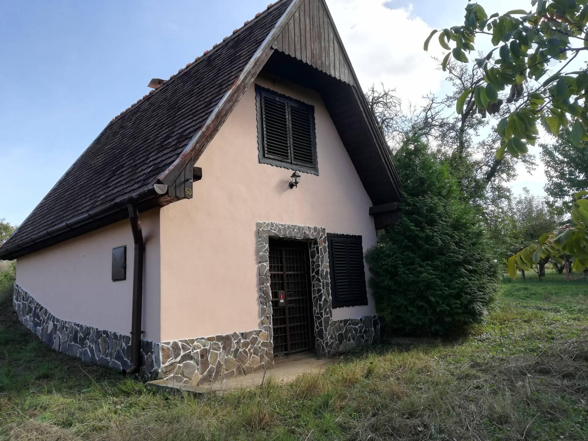Predaj rekreačná chata Levice - Šalov. Exkluzívne.