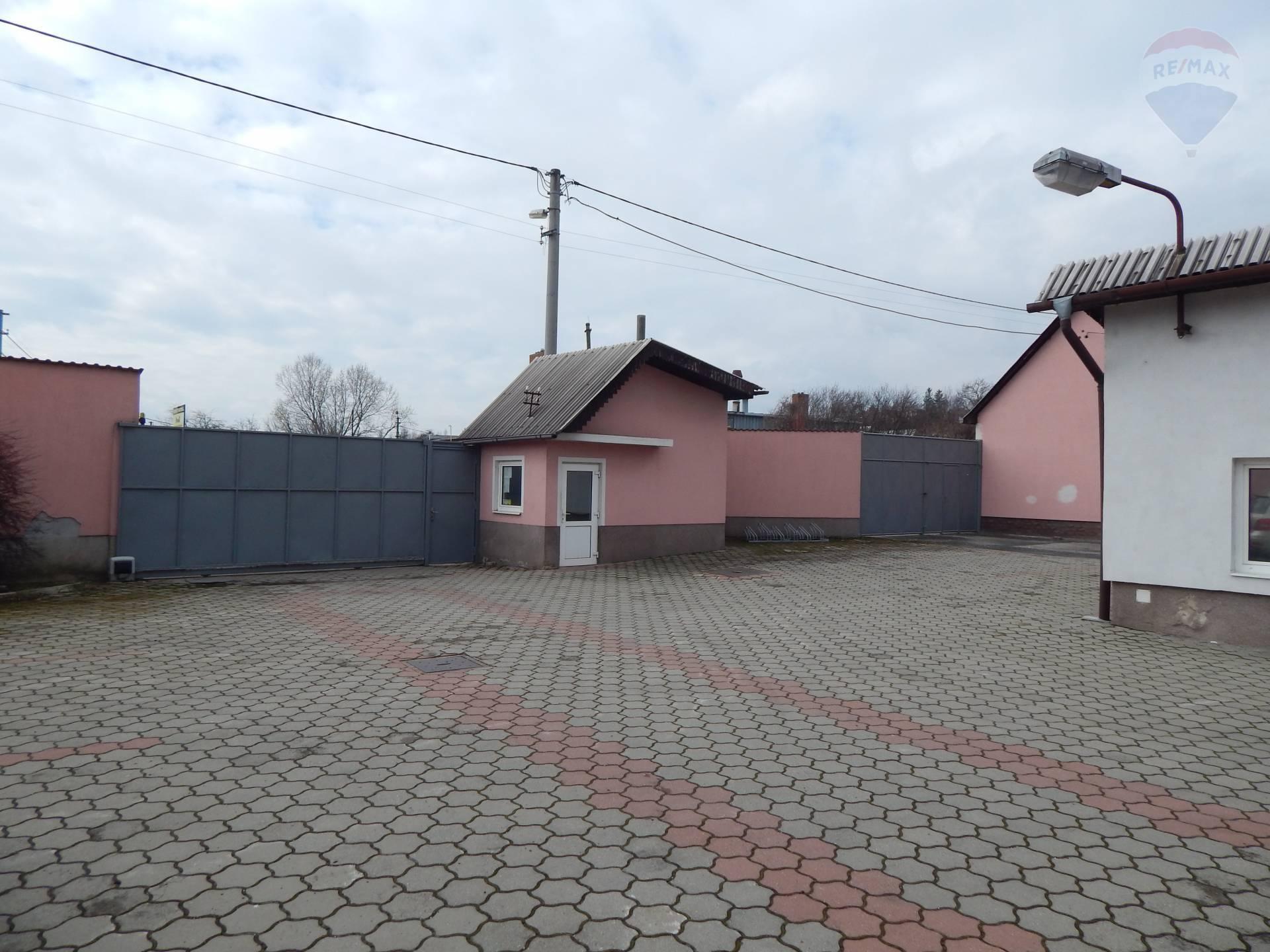 Predaj komerčného objektu 4133 m2, Zlaté Moravce -