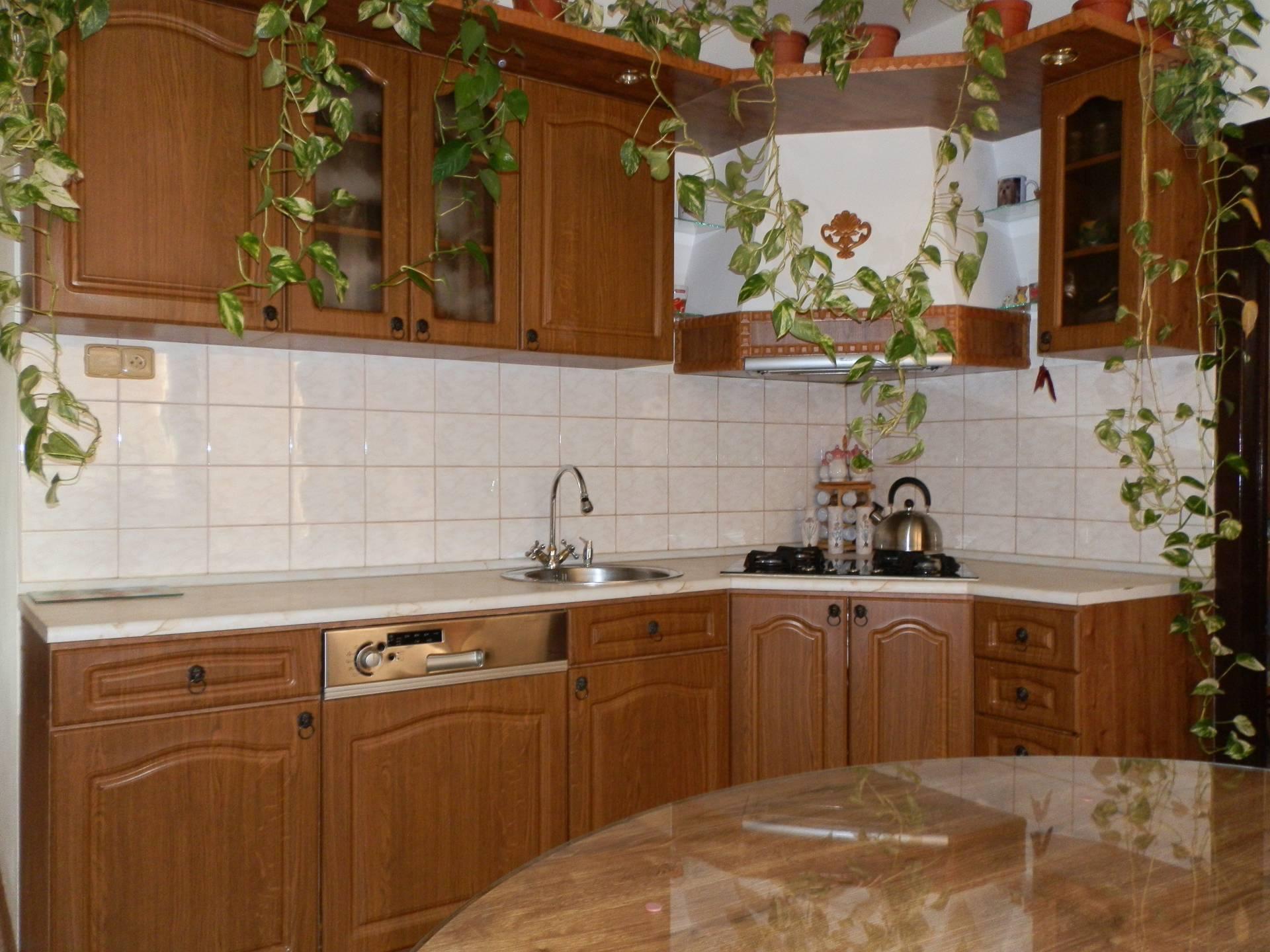 Na predaj 3 izbový zrekonštruovaný byt Nitra, EXKLUZÍVNE