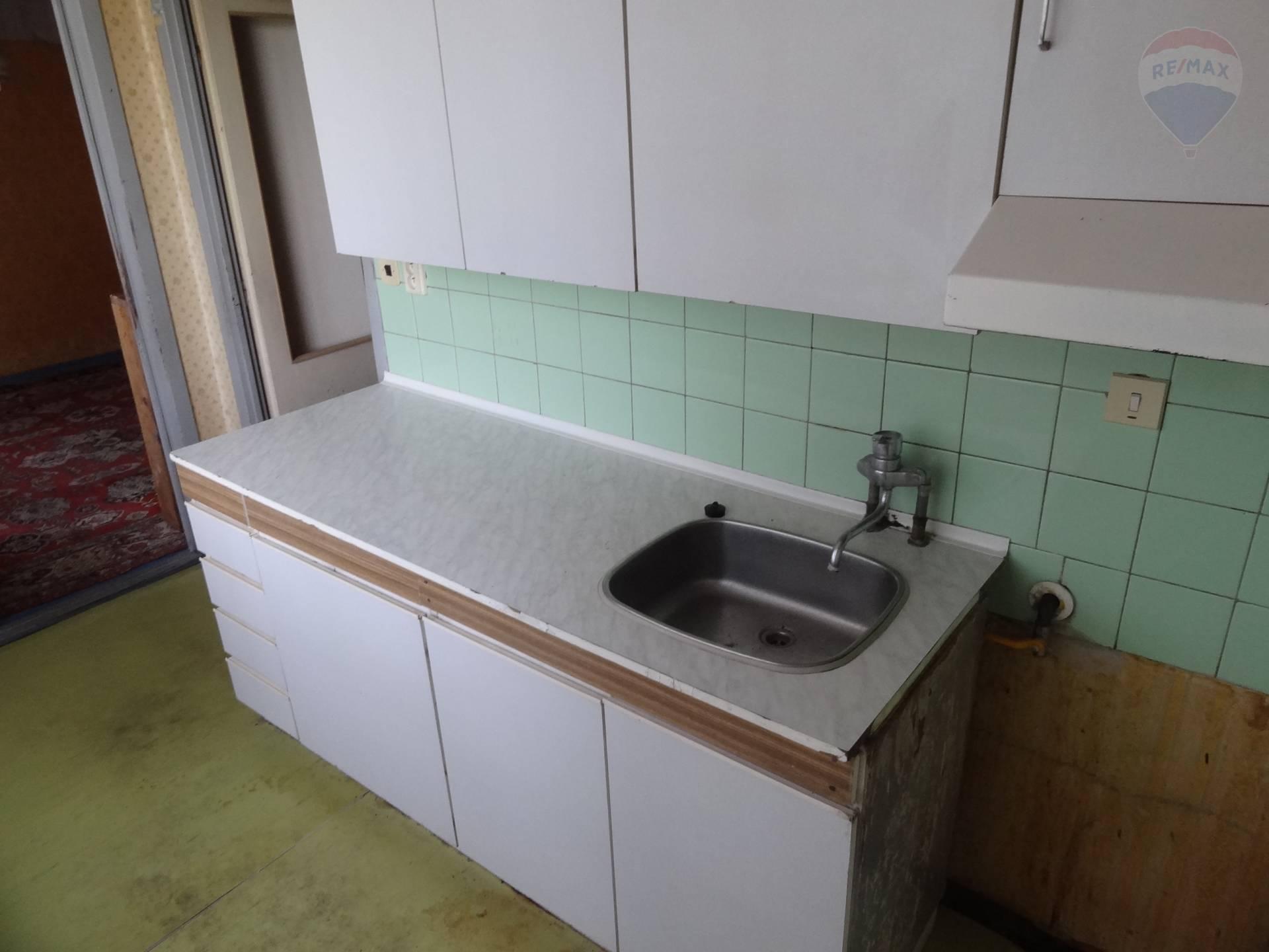 Predaj bytu (2 izbový) 58 m2, Nitra -