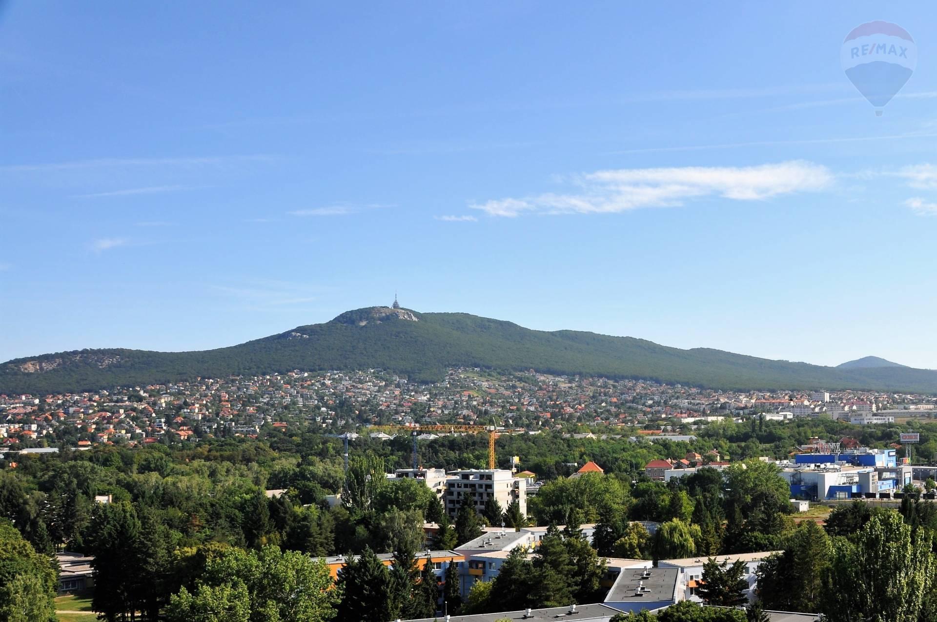 Predaj veľká 24m2 garsónka s balkónom Nitra – Chrenová