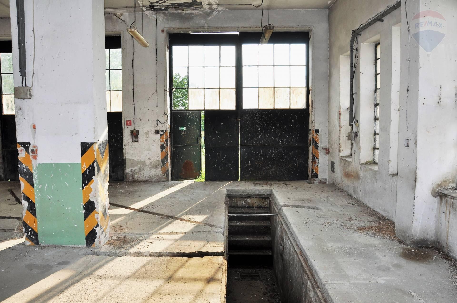 Predaj komerčného objektu 477 m2, Malé Zálužie -