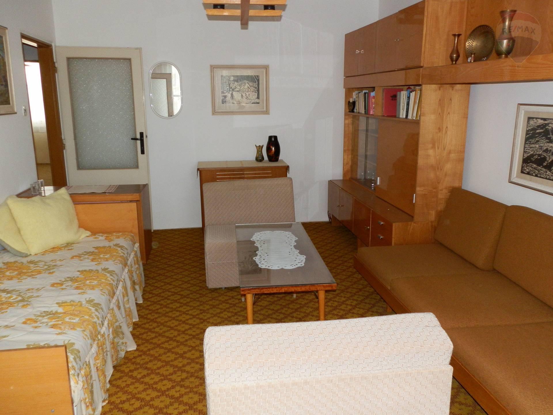 Prenájom zariadený 3 izbový byt Nitra Chrenová