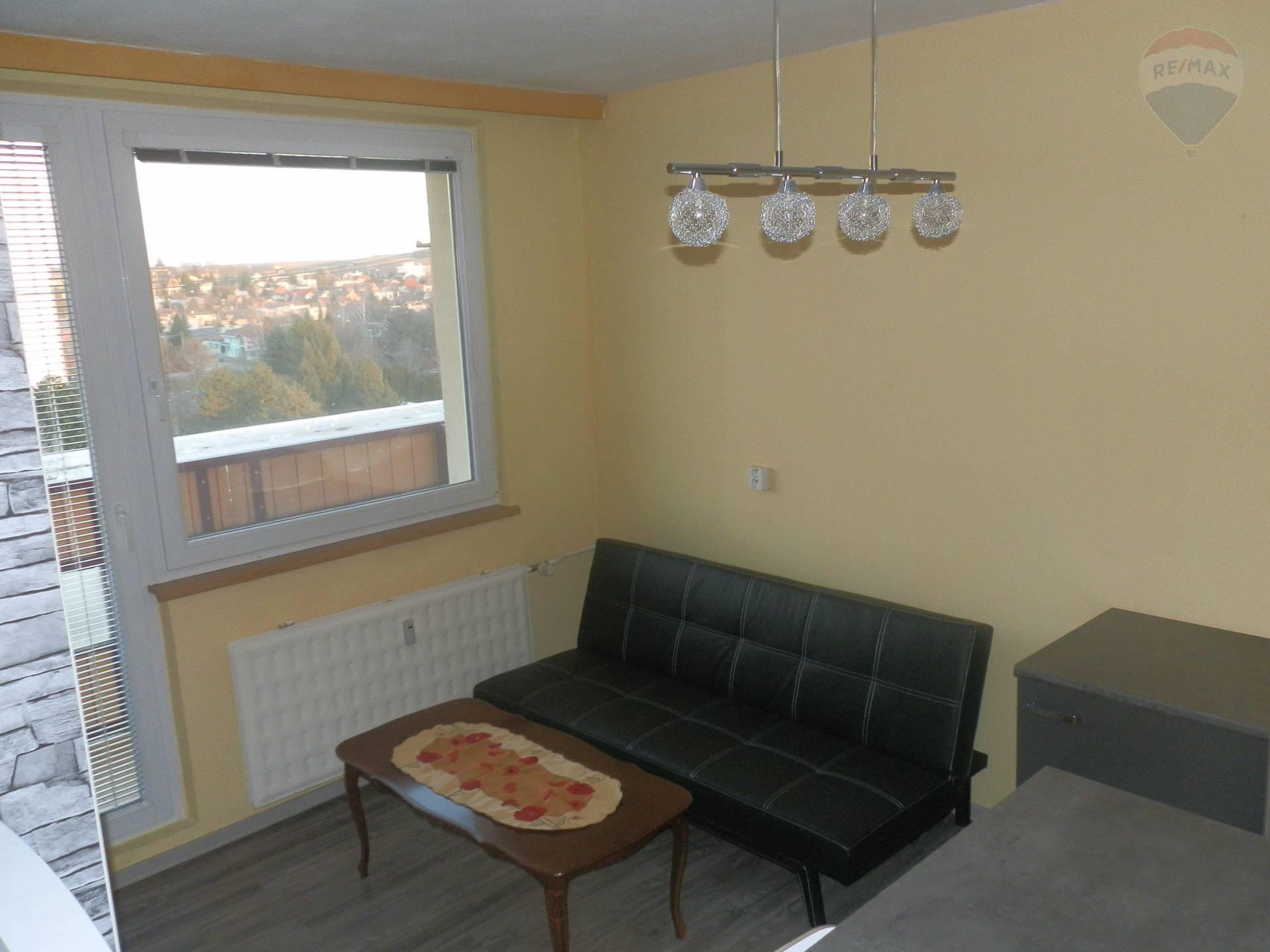 Prenájom 1 izbový byt Nitra Chrenová