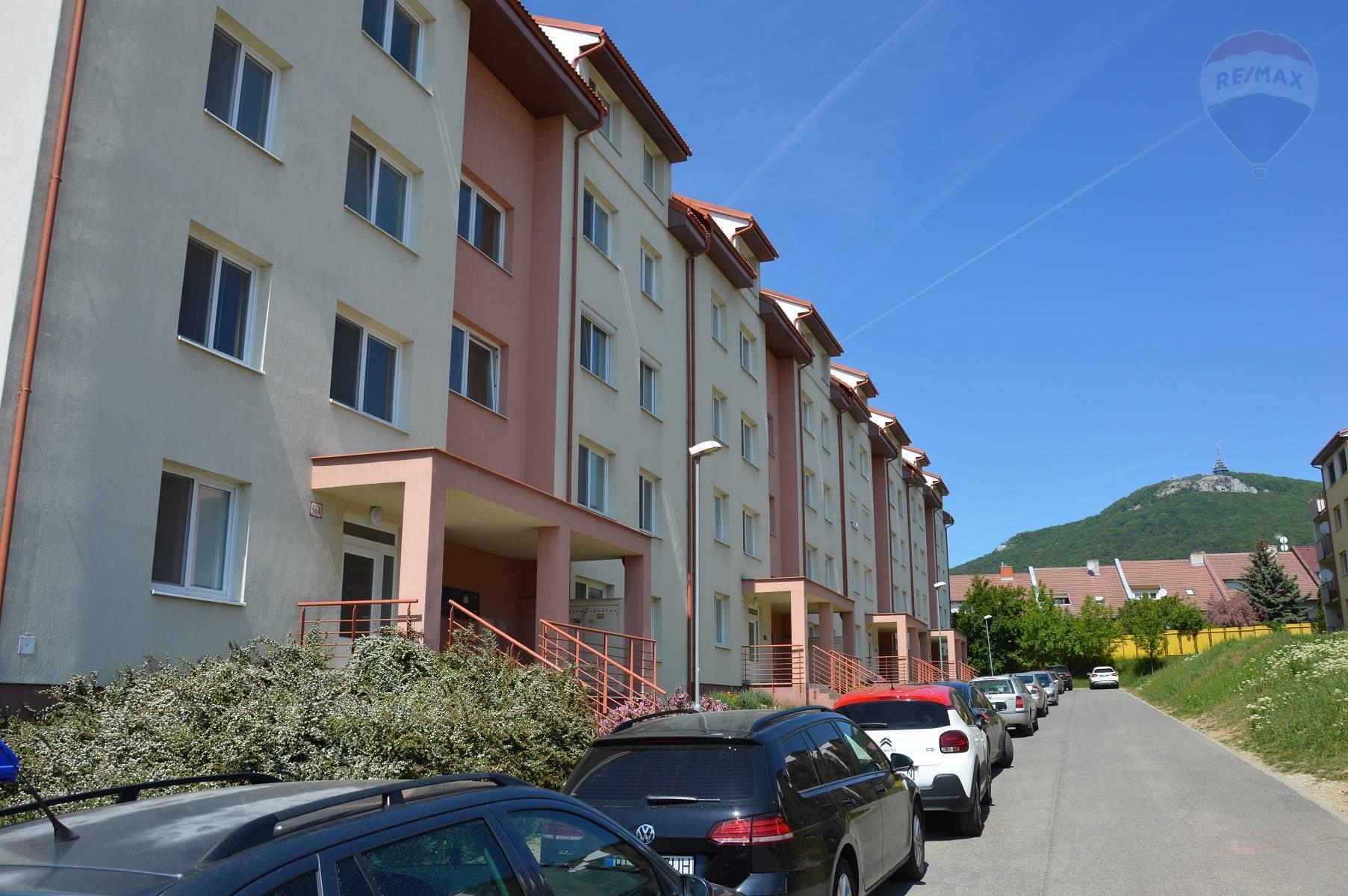 Predaj 2-izbový byt + garážové státie Nitra Zobor