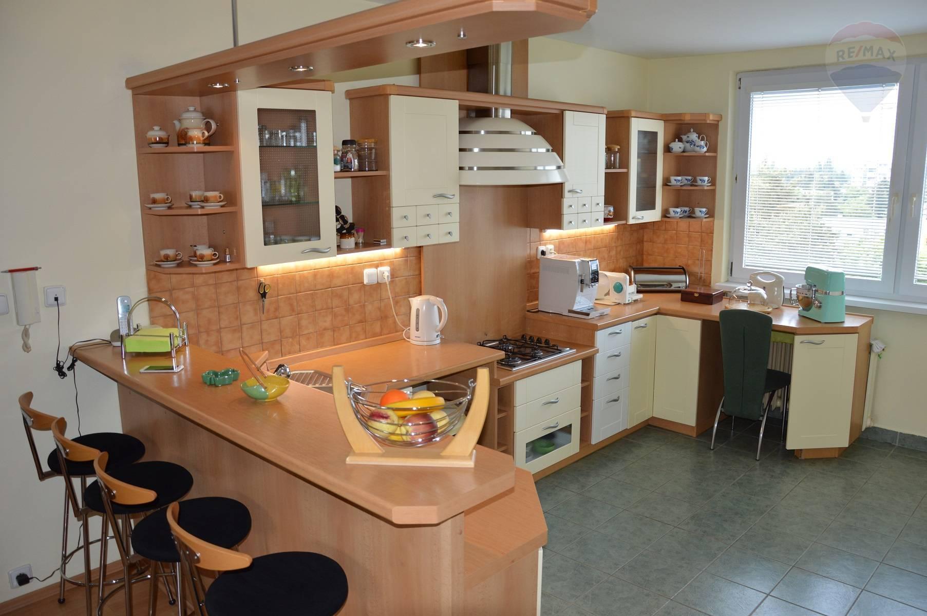 Predaj veľkometrážny 3 izbový byt Nitra Chrenová