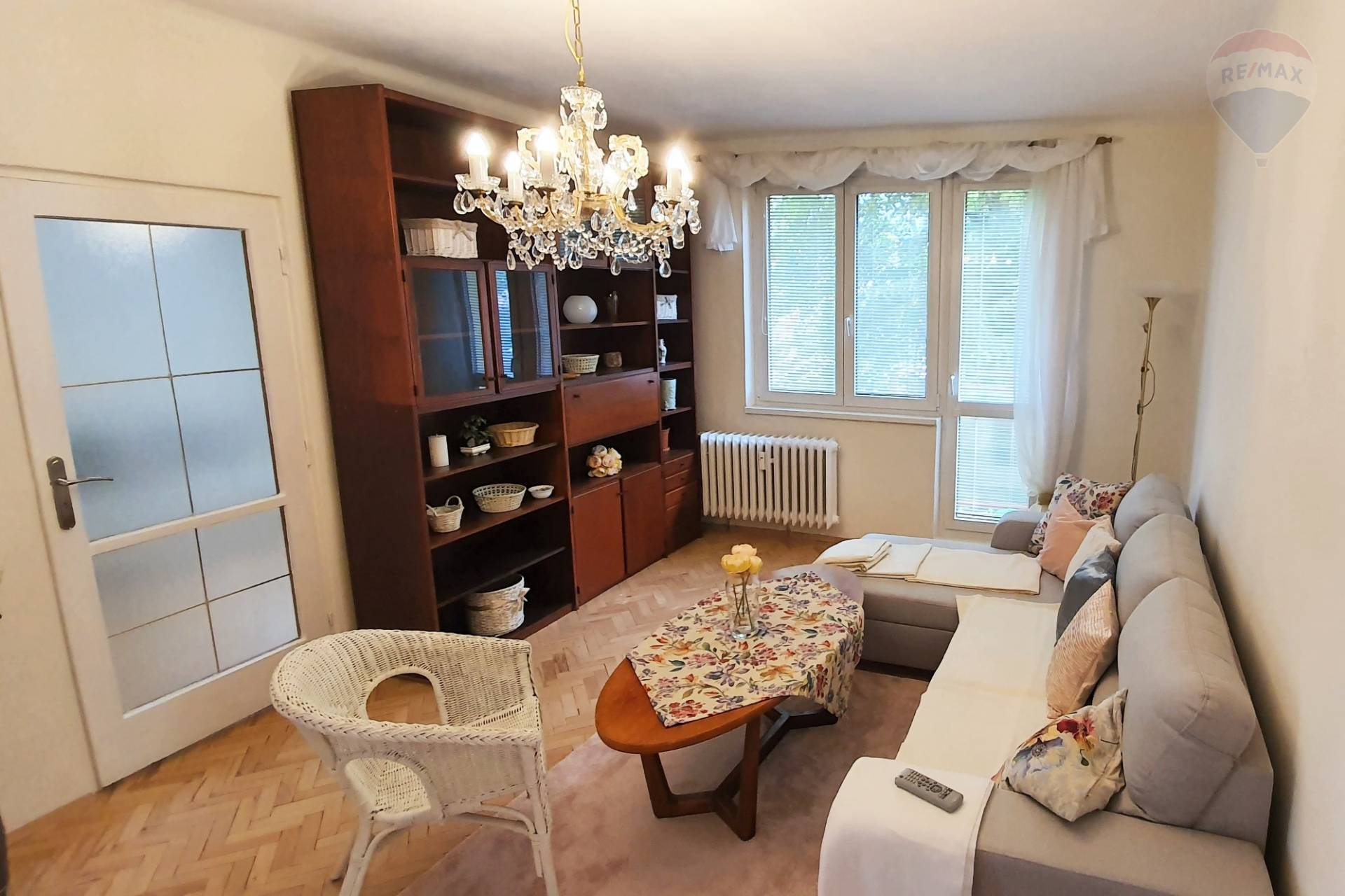 Prenájom 3-izbový, kompletne zariadený byt v centre mesta Nitra.