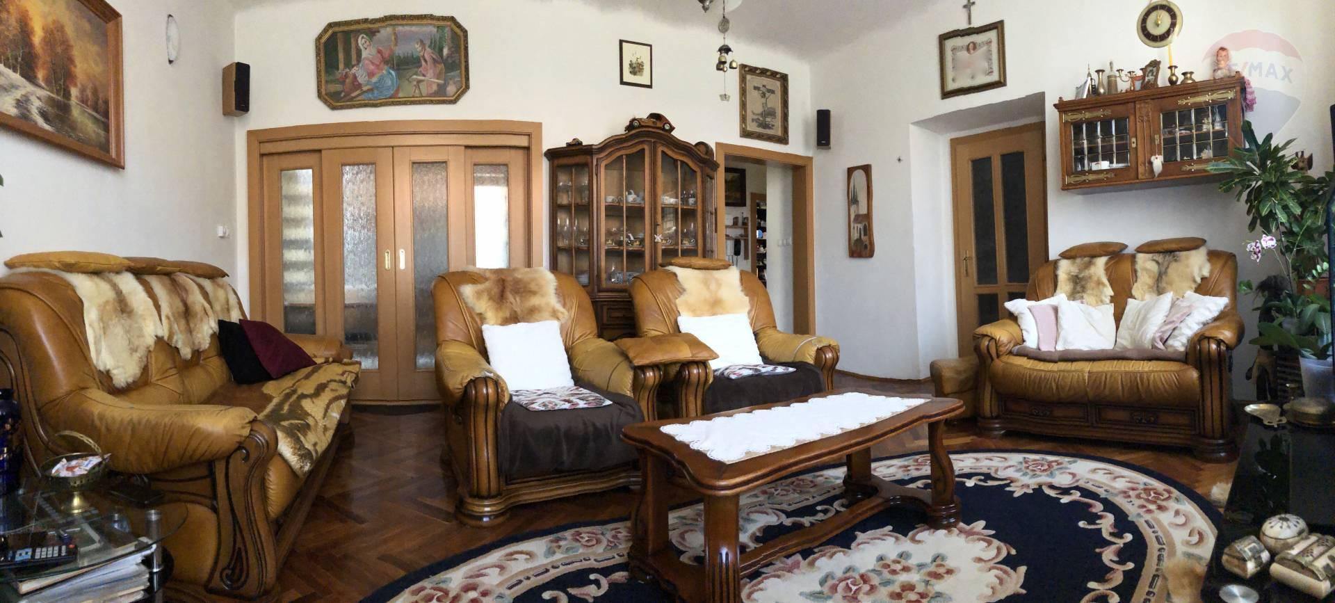 Predaj byt (4 izbový) 130m² Nitra EXKLUZÍVNE