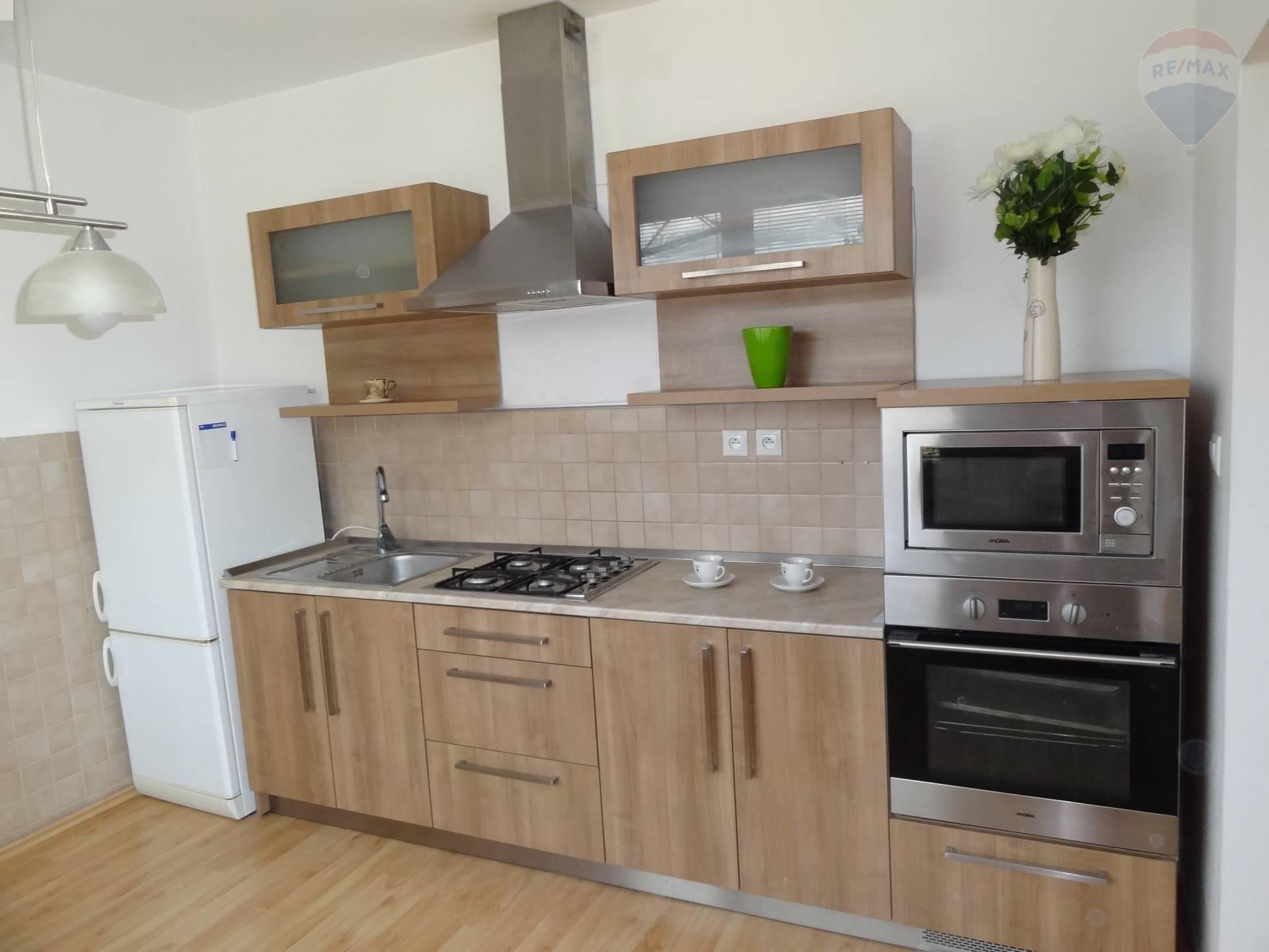 Predaj 2 izbový byt, Nitra, Chrenová