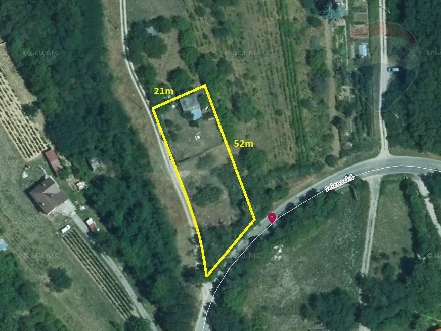 Predaj pozemok 1.351 m2 Nitra 3 km EXKLUZÍVNE