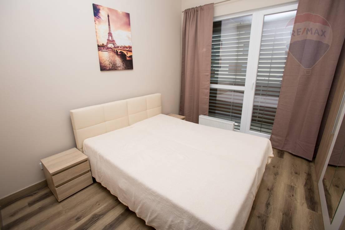Prenájom 2 izbový byt novostavba Nitra s garážovým státím