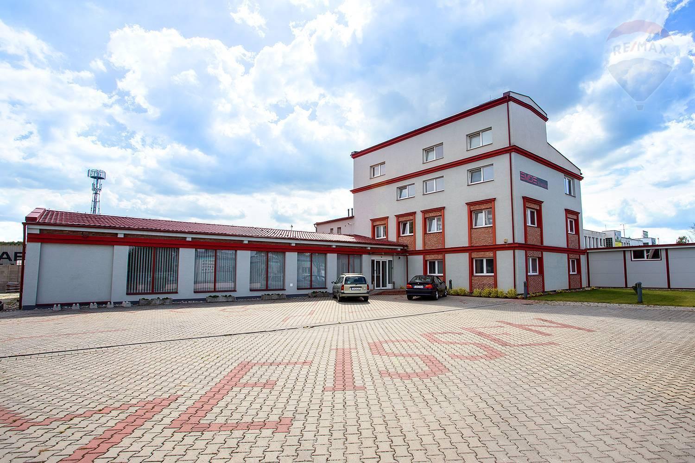 Na prenájom - lukratívne sídlo firmy (výroba, sklad, administratíva, byt)