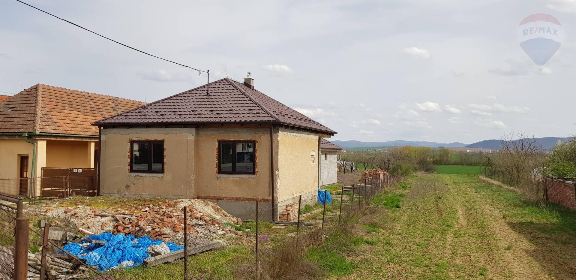 Predám - rodinný dom KRUŠOVCE