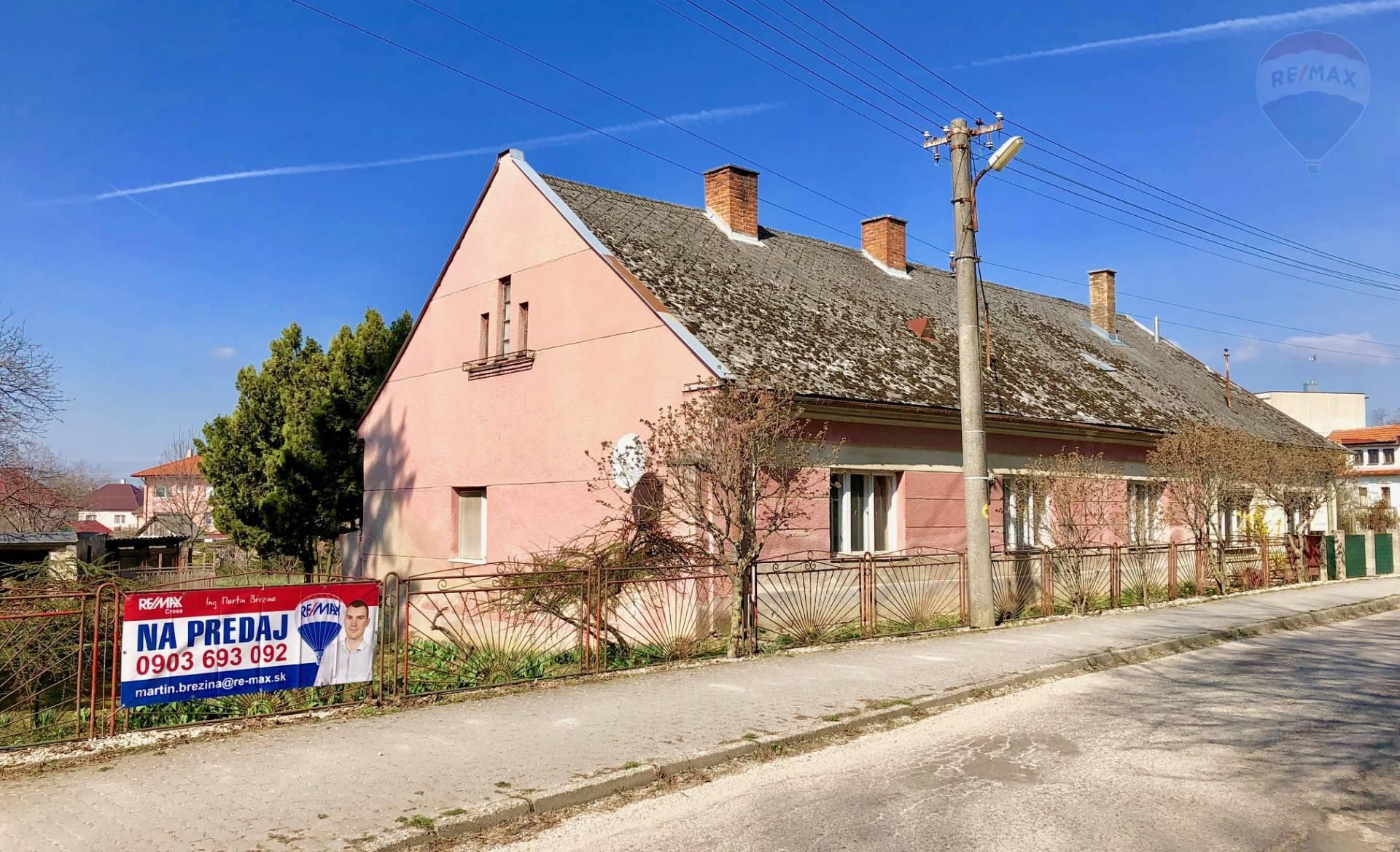 Na predaj - vidiecky dom s veľkým pozemkom