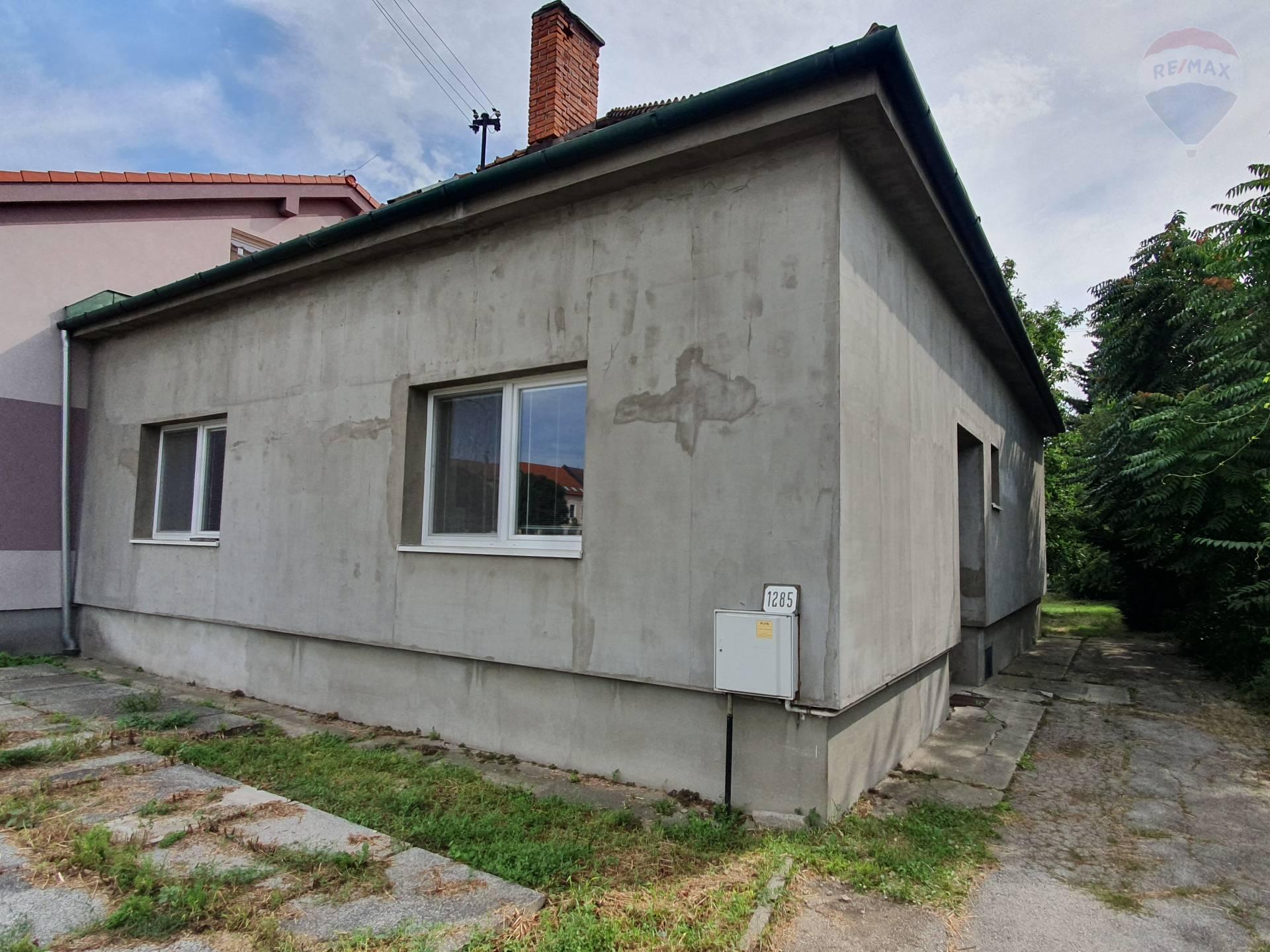 Predaj rodinný dom - sídlo firmy Topoľčany